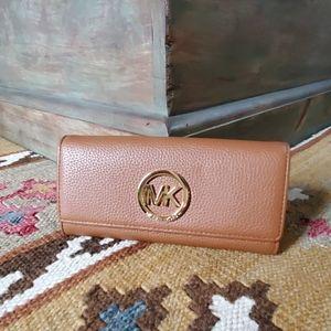 Michael Kors Fulton Flap Large Leather Wallet